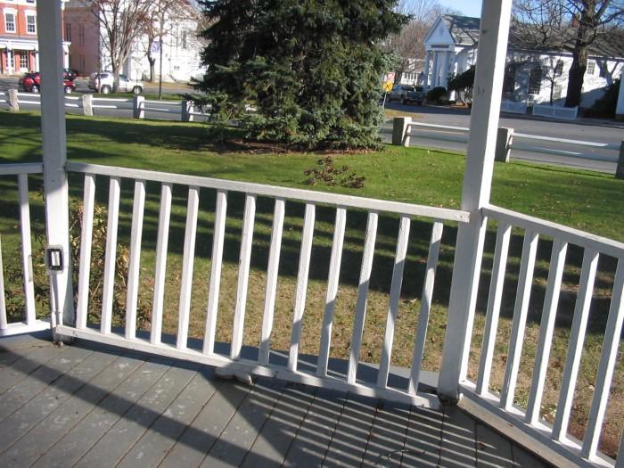 bandstand railing